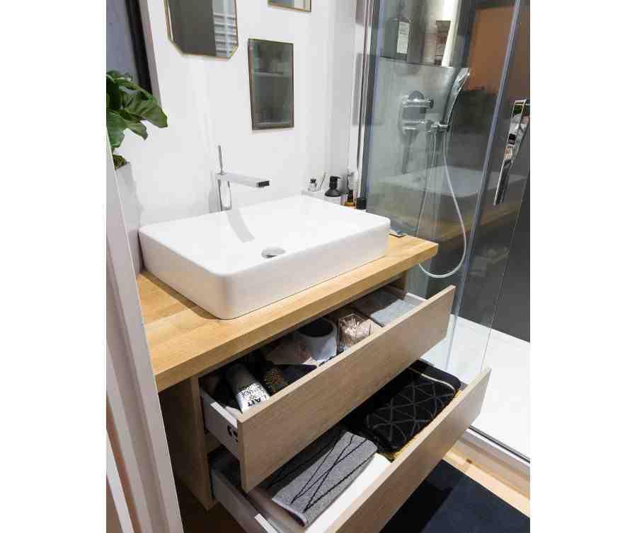 Comment mettre une baignoire dans une petite salle de bain ?