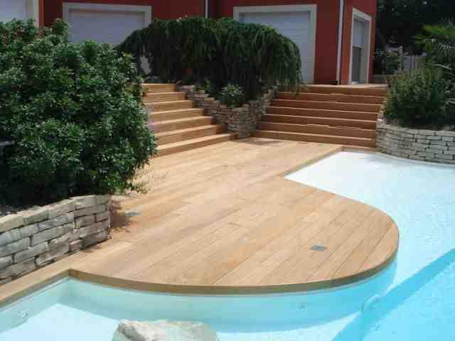 Comment recouvrir une terrasse abîmée ?