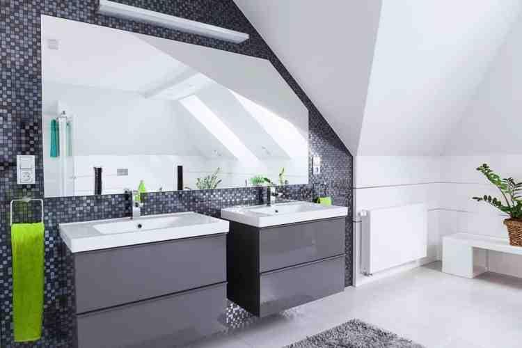 Quelle couleur avec carrelage gris salle de bain ?