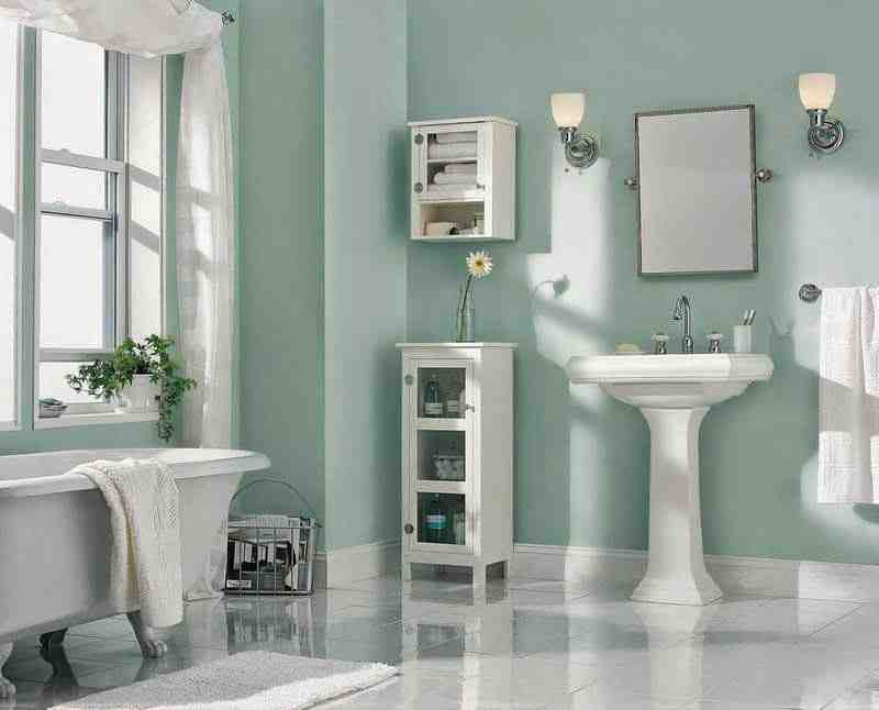 Quelle couleur de peinture pour une petite salle de bain ?